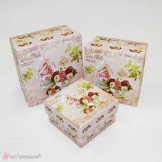 Τετράγωνα κουτιά με λουλούδια Decorative Boxes, Flowers, Home Decor, Decoration Home, Room Decor, Royal Icing Flowers, Home Interior Design, Flower, Decorative Storage Boxes