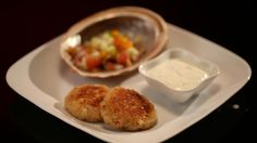 Mick and Matt Abalone Patties with Salsa and Zesty Herb Yoghurt Abalone Recipe, Appetizer Recipes, Appetizers, My Kitchen Rules, Great Recipes, Favorite Recipes, Savoury Dishes, Fish And Seafood, Herb