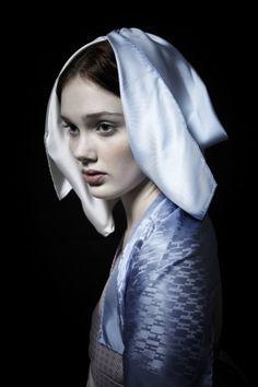 Maxine Helfman - Portraiture & Celebrity Photography Spotlight Nov 2011 magazine - Production Paradise