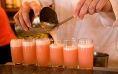 Stock Photo - The Bellini aperitif at Harry's Bar in Venice Italy where it was invented Processco Cocktails, Prosecco Drinks, Cocktail Drinks, Cocktail Recipes, Alcoholic Beverages, Drink Recipes, Fancy Drinks, Summer Cocktails, Jamie Oliver