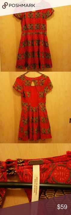 """Free People Red  Printed Dress Size S Like New Measures:  Bust 19"""" Waist 13 1/2"""" Length 34"""" No trades or model Free People Dresses Maxi"""