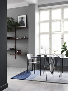 Alcro ad white grey dining - browns with grey Interior Wall Colors, Gray Interior, Interior Exterior, Interior Walls, Interior Architecture, Dining Room Inspiration, Interior Inspiration, My Living Room, Living Spaces