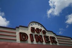 Diner, Signage