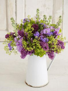 Decorate With Flowers for Spring | Easy Ideas for Organizing and Cleaning Your Home | HGTV