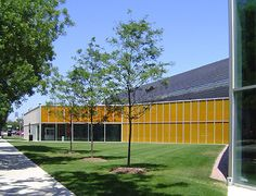 McCormick Tribune Campus Center IIT Chicago by Rem Koolhaas (OMA)