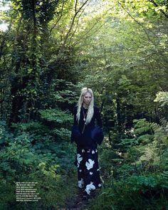 Modern Victorian Fashion ◆ Vogue Korea Winter 2015 featuring model Soo Joo Park ◆ Missoni coat and Sandro dress