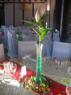 Location centre de table vase mariage http://yesidomariage.com - Conseils sur le blog de mariage