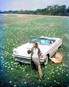 Fashion and cars by John Rawlings, 1950s - Retronaut