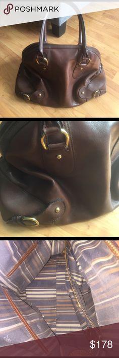 Banana Republic Brown shoulder bag! Leather! Banana Republic brown shoulder bag! In great condition! Banana Republic Bags