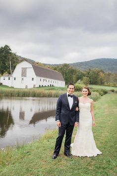 Megan and Derek were surrounded by nature with this organic-style New York weddingatThe Inn at West Settlement. If you are a lover of the great outdoors and vintage-chic is the look you want to achieve, you'll surely gain lots of inspiration from the photos below captured byFabrice Tranzer. One thing about this sweet celebration we […]