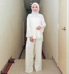Hijab Style, Hijab Chic, Hijabs, Fashion Idol, Fashion Outfits, Women's Fashion, Moslem Fashion, Hijab Collection, Street Hijab Fashion