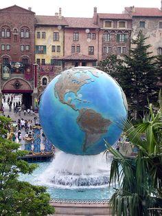 World fountain by Roving I, via Flickr