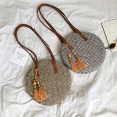 Round Straw Bag, Straw Handbags, Fabric Bags, Fabric Handbags, Types Of Bag, Summer Bags, Handmade Bags, Handmade Handbags, Fashion Bags