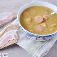 Grannys rich splitpea soup - English recipe - one of my favorite soups in winter. Eat it for lunch or dinner.