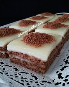 – Pratik yemekler – Las recetas más prácticas y fáciles Dessert Bars, Dessert Recipes, Turkish Recipes, Ethnic Recipes, Biscuit Cake, Iftar, Yummy Cakes, Amazing Cakes, Sweet Recipes