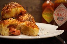 gefuellte Parmesan Pizzabroetchen mit Salami- Teig muss nicht gehen