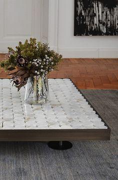 Table Furniture, Furniture Design, Desktop Decor, Center Table, Cocktail Tables, Family Room, Interior, Creative, Inspiration