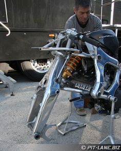 Hossack Suspension.  Boudinot Hossack Fior Moto 210