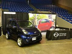 AltCar Expo 2012, blue Wheego Whip electric car