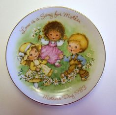 Avon Mother's Day Plate Love is a Song for by MyForgottenTreasures, $4.00