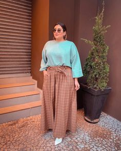romantic date outfit Boho Fashion Summer, Long Skirt Fashion, Modest Fashion, Cute Comfy Outfits, Boho Outfits, Pretty Outfits, Fashion Outfits, Look Plus Size, Plus Size Girls