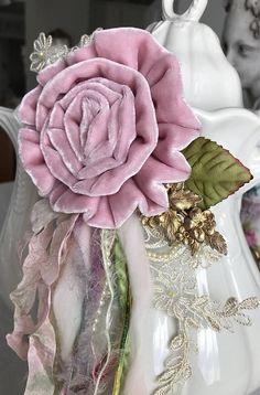 lilac mist brooch  velvet rose brooch shabby pink flower
