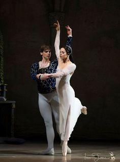 "Diana Vishneva and Vladimir Shklyarov, ""Romeo and Juliet"" choreogaphy by Sir Kenneth MacMillan, Mariinsky Ballet"