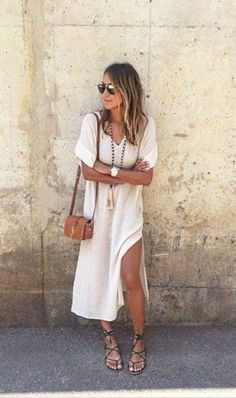 45+ Best Fashion Vacation Styles for Summer Holiday 2017 https://montenr.com/45-best-fashion-vacation-styles-for-summer-holiday-2017/