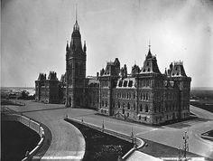1866 – Houses of Parliament, Ottawa, Ontario Parliament Of Canada, Houses Of Parliament, Vintage Photographs, Vintage Photos, Capital Of Canada, Canada Eh, Ottawa Ontario, Canadian History, Architecture