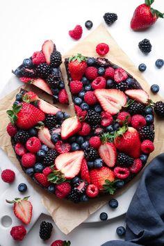 No-Bake Berry Brownie Pizza | Gluten Free; Vegan and Paleo Friendly.