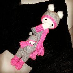KIRA the kangaroo made by Anna S. / crochet pattern by lalylala