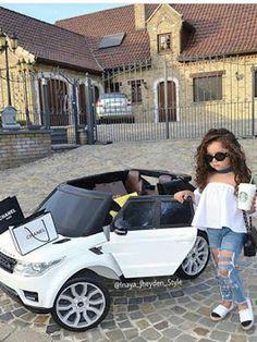 Little fashionista Via Credit Toddler Girl Style, Toddler Fashion, Kids Fashion, Toddler Girls, Style Fashion, Outfits Niños, Baby Outfits, Little Girl Outfits, Little Girl Fashion