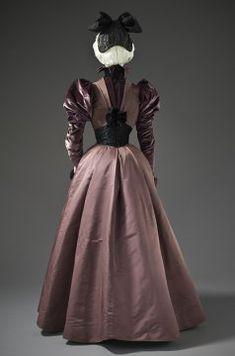 Woman's Dress, House of Rouff  c. 1897.  Silk twill and silk cut velvet on twill foundation.