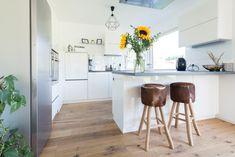 Table, Furniture, Home Decor, Kitchen Contemporary, Decoration Home, Room Decor, Tables, Home Furnishings, Home Interior Design
