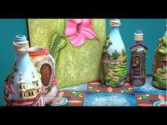Glass Bottle Crafts, Bottle Vase, Clay Wall Art, Clay Art, Clay Crafts, Diy And Crafts, Diy Glasses, Decorated Wine Glasses, Handicraft