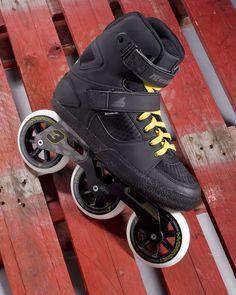 Dans la série des 3roues découvrez aussi le Metroblade de @gorollerblade sur www.hawaiisurf.com #hawaiisurf #rollerblade #roller #3wheels #metroblade #tbt #paris #shop #skates #rollerskates #nikon #elinchrom #flash #studio #stilllife