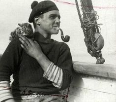 Sailor and kitten, 1912 | 35 Vintage Cats At Sea. Photo from the Nationaal Archief, Netherlands