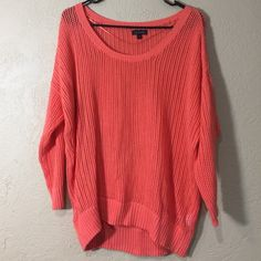 Calvin Klein sweater! A beautiful coral colored sweater with scoop neck. In great condition and perfect for any outfit!! Calvin Klein Sweaters Crew & Scoop Necks