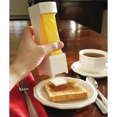 Tired of fuddling with the butter knife? We present you the … butter cutter. It stores your butter (or margarine) in an easy to retrieve container and uses less shelf space than conventional butter dishes. - $12.93