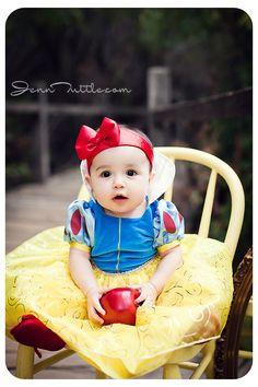Jenn Tuttle Loveographer Baby Photographer