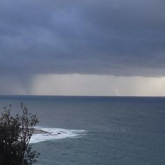 Stormy morning on the #northernbeaches  If you look hard there is a waterspout out there   #queenscliff #freshwater #warringah #storm #sea #ocean #morning #sky #clouds by tess_abbot