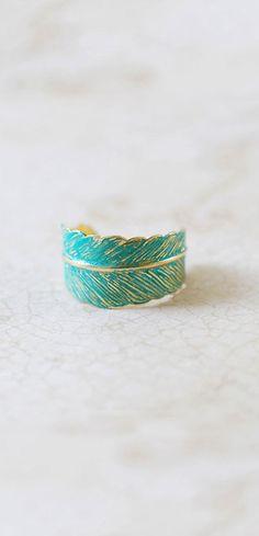 Vert-de-gris plume anneau bleu patine laiton plume par LeChaim