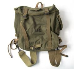 vintage 1940's US army backpack military tote by RecycleBuyVintage