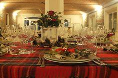 Cena aziendale in periodo natalizio. Allestimenti di Eventi Wedding. Presso Corte Dei Paduli RE, Italy. www.deipaduli.org