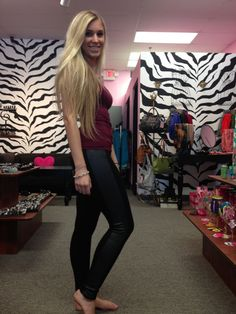 Lysse Ponte legging with vegan leather panel! tummy control and toning! Perfect trend for the season!