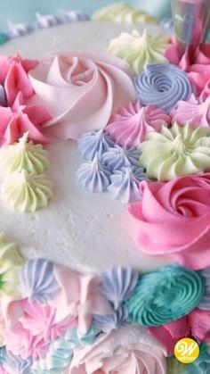 Wilton Cake Decorating, Cake Decorating Videos, Cake Decorating Techniques, Cookie Decorating, Pretty Cakes, Beautiful Cakes, Modern Birthday Cakes, Bithday Cake, Decorator Frosting