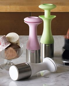 Ice Cream Scoop & Stack