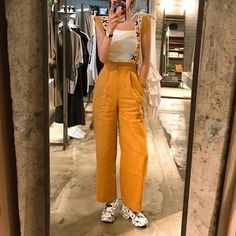 Sneakers Fashion Outfits, New Outfits, Trendy Outfits, Cute Outfits, Ulzzang Fashion, 90s Fashion, Womens Fashion, Aesthetic Fashion, Aesthetic Clothes