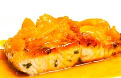 Salmón en salsa de uchuva | HogarUniversal