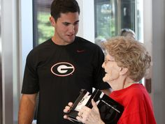 Aaron Murray & Mildred Bradford - 96 yr old gets a surprise when she meets Georgia QB Aaron Murray, University Of Georgia, Crimson Tide, Just Amazing, Bulldogs, Year Old, Football, Fan, Boys, Cute
